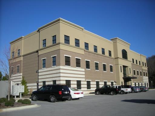 Southlake Office Building, 15 Southlake Lane, Birmingham, AL